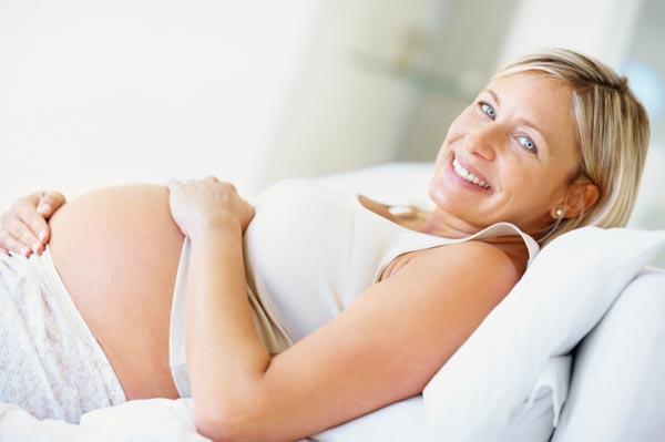 mature-pregnant-woman